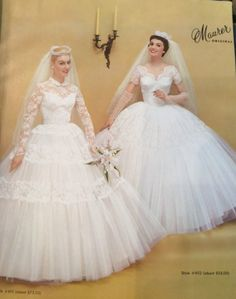 vintagebrides: Maurer Original ad The one on the right I would wear to my wedding. Wedding Dress Trends, Dream Wedding Dresses, Bridal Dresses, Wedding Gowns, Bridesmaid Dresses, Wedding Shot, Wedding Dj, Chic Vintage Brides, Vintage Wedding Photos