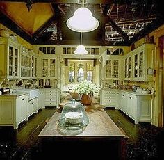 Practical Magic Kitchen..Love this design~