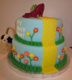 Wizard of Oz Cake 6-10-2011