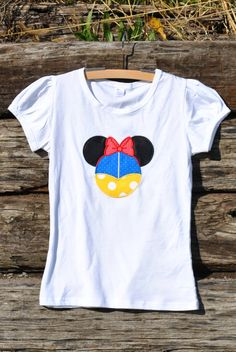 Custom Girls Snow White Minnie Shirt.  By by HootnHollarClothing, $31.00