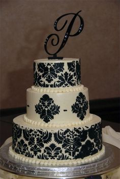 Damask Wedding Cake.. Love, love, LOVE! Would have red border instead of white though