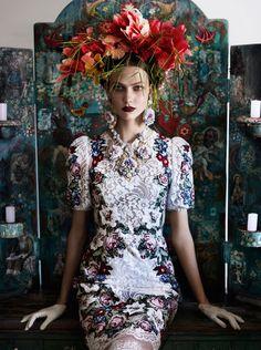 American Vogue, Karlie Kloss, Brazilian Treatment, July 2012 | Mario Testino