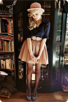 Navy blouse with a tan skirt (Not a big fan of the hat, or hats in general, but the rest of the outfit is awesome. Look Fashion, Fashion Beauty, Autumn Fashion, Prep Fashion, Fashion 2015, Fashion Models, Spring Fashion, Girl Fashion, Fashion Outfits