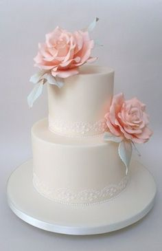 Helen Mansey's sharp-edged sugarpasted wedding cake