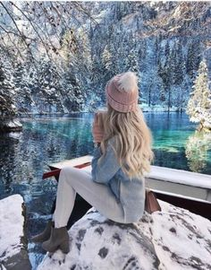 girl, winter, and snow image Winter Photography, Girl Photography, Fashion Photography, Breakfast Photography, Editorial Photography, Mode Au Ski, Fall Winter Outfits, Winter Fashion, Winter Stil