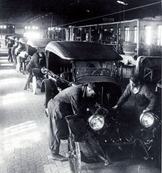 Wiring and final assembly on the line at the Jones Motor Car Company in Wichita, Kansas, 1920-1935