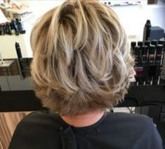 Short Haircuts for Over 50 Elegant Ladies Short Layered Ha. - Short Haircuts for Over 50 Elegant Ladies Short Layered Hairstyles for Over - Side Bangs Hairstyles, Short Hairstyles For Thick Hair, Short Layered Haircuts, Modern Hairstyles, Bob Hairstyles, Hairstyles Pictures, Short Layered Bobs, Hairstyles For Over 50, Braided Hairstyles