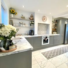 Copper And Grey Kitchen, Grey Shaker Kitchen, Grey Kitchen Cabinets, Kitchen Shelves, Grey Kitchen Designs, Rustic Kitchen Design, Home Decor Kitchen, Kitchen Ideas, Grey Kitchen Interior