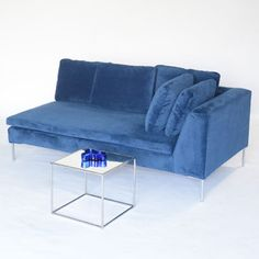 hudson love seat right facing blue - blue velvet- perhaps use this concept with some high boys as well for the cocktail reception- just lounge it out.