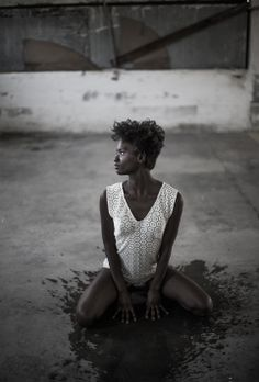 Photography: Miguel vidal // Design: Iria Parga Arled // Make-up and hair: Salerm Cosmetics // Model: Sesa Varela