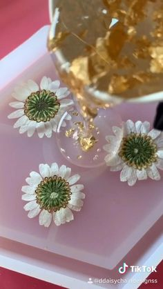Epoxy Resin Art, Diy Resin Art, Diy Resin Crafts, Diy Home Crafts, Diy Arts And Crafts, Fun Crafts, Diy Resin Crystals, Diy Resin Projects, Resin Tutorial