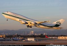 Private B 747-400 at LAX