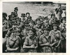 The first contingent of the British Army's Women's Auxiliary Territorial Service to arrive in South East Asia Command wait to disembark at a port in Ceylon. Just Like Fire, Women's Land Army, Canadian Soldiers, Global Conflict, Ww2 Pictures, Army Women, Brave Women, Female Soldier, British Army