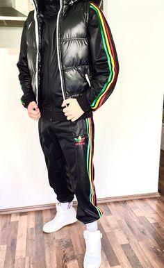 Look Adidas, Streetwear Fashion, Sportswear, Street Wear, Men's Fashion, Bomber Jacket, Guy, Winter Jackets, Football