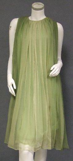 Sarmi Fluttering Green Ombre Dyed Chiffon 1960's Cocktail Dress w/ FABULOUS Back