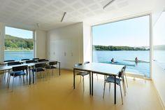 Galería de Club de Kayak Flotante / FORCE4 Architects - 13