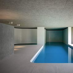 'La Piscina del Roccolo' is gorgeous luxurious indoor swimming pool designed by Italian architecture studio Act_romegialli. Set in a historic home in Italy, the client required the pavilion to be conn Indoor Pools, Luxury Swimming Pools, Luxury Pools, Swimming Pool Designs, Underground Swimming Pool, Modern Pool House, Pavillion, Moderne Pools, Pool Shapes