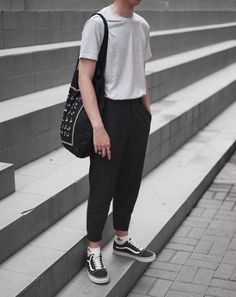 At that point, ample opportunity has already past to get motivation from this article about men street style outfits fashion. Street Style is stylish Korean Fashion Men, Trendy Fashion, Fashion Trends, Fashion Guide, Fashion Ideas, Fashion Moda, Fashion Blogs, Fashion 2018, Fashion Fashion