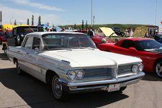 Canadian market 1962 Pontiac Laurentian.