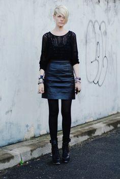 Style Icons: Kate Lanphear, Patti Smith, and Rihanna Girl Fashion, Fashion Outfits, Fashion Tips, Stylish Outfits, Kate Lanphear, Easy Style, Flare, Classic Skirts, Hacks