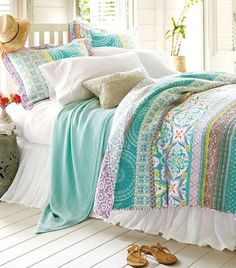 Blissful bedding inspired by the Amalfi coast of Italy. Beach Bedding Collections on Beach Bliss Living: http://beachblissliving.com/beach-bedding-collections/