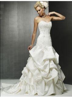 Wedding Dresses - $225.49 - Attractive A-Line/Princess Sweetheart Chapel Train Satin Wedding Dress with Lace  Beadwork (002000483) jjshouse.com