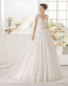 Os 100 vestidos de noiva MAIS BONITOS de 2017: venham conhecê-los! Image: 85
