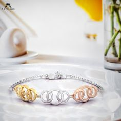 papilior I like my money right where I can see it always. Link Gold Bracelet. . . . . #PapiliorJewelry #MinimalJewelry #MinimalistJewelry #highjewelry #minimalistjewelry#diamondring #southIndianJewelry #jewellerydesigns#goldjewellery #finejewellery #onlinejewellerystore #goldjewellery Diamond Bracelets, Diamond Rings, High Jewelry, Gold Jewelry, Minimal Jewelry, Jewelry Design, Wedding Rings, Jewels, Engagement Rings