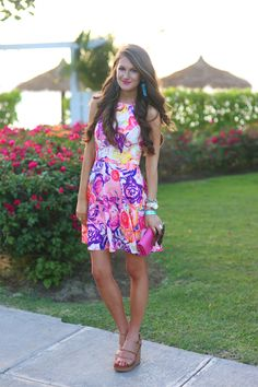 Obsessed with this floral dress!