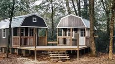 """A She-Shed and a Man-Cave combined into this awesome """"We-Shed"""" for the backyard! We just love this idea! What do you think? We spotted these awesome Sheds by Portable Buildings of Houston and thought this Shed To Tiny House, Tiny House Cabin, Tiny House Living, Tiny House Design, Tiny House Plans, Tiny Cabin Plans, Mini Shed, Living In A Shed, Shed Design"""