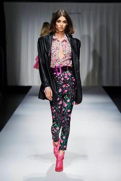 ANIYE BY Spring Summer 2021 Milan - NOWFASHION Live Fashion, Fashion Show, Fashion Design, Runway Fashion, Spring Fashion, Louis Vuitton, Spring Summer Trends, Occasion Wear, Fashion Prints
