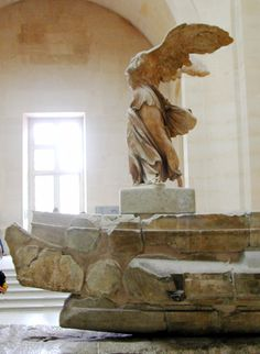 Winged Victory of Samothrace, Louvre Museum, Paris, France Winged Victory Of Samothrace, Lego Wall, Louvre Paris, Cool Places To Visit, Victorious, The Good Place, Artsy, Statue, Fine Art