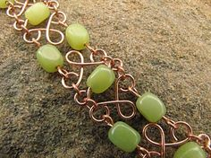 this makes me think copper & green grapes as decor/reception...