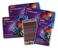 Derwent Coloursoft è una gamma interessante di 72 matite colorate.  La striscia morbida e vellutata ti permette di aggiungere rapidamente un sacco di colori audaci e vivaci al tuo disegno e sono ottimi per la colorazione! Sono anche miscelabili in modo da poter creare una varietà di toni e sfumature sottilmente differenti. Derwent Pencils, Coloring Stuff, Shop Art, Crayons, Art Supplies, Sketching, Decoupage, Fine Art, Drawing