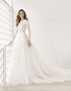 64 Ideas For Wedding Gown Princess Rosa Clara Lace Wedding Dress, Princess Wedding Dresses, Modest Wedding Dresses, Bridal Dresses, Wedding Gowns, Lace Dress, Bridesmaid Dresses, Lace Bodice, Ball Gown Wedding