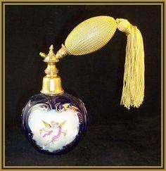 .Victorian Era Perfume Atomizer, Antique Perfume Bottles, Perfume Recipes, Beautiful Perfume, Solid Perfume, Bottles And Jars, Bottle Design, Victorian Era, Different Colors