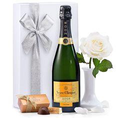 Veuve Clicquot Vintage Champagne & White Rose
