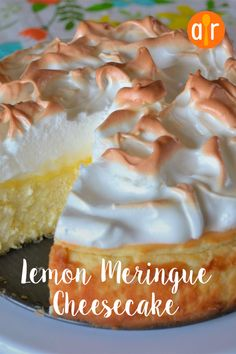 Cheesecake and lemon meringue pie come together in this decadent lemon meringue cheesecake dessert that will impress all of your guests. Lemon Desserts, Just Desserts, Meringue Desserts, Dessert Dishes, Dessert Recipes, Easter Recipes, Pie Recipes, Mini Lemon Meringue Pies, Cheesecake Factory Lemon Meringue Cheesecake Recipe