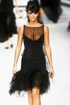 Helena Christensen - CHANEL Haute Couture 1995.