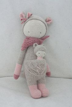KIRa the kangaroo made by Lucillle / crochet pattern by lalylala