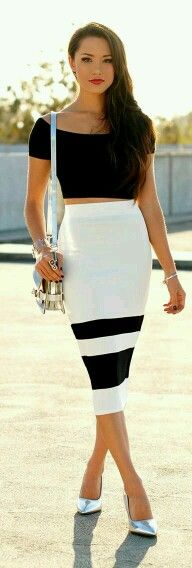 Pencil skirt outfits - One of my favourite outfits is the pencil skirts and I feel there are just too many reasons for that to be mentioned here. But to talk of a few, it is a timeless outfit that can never ever go out of fashion. Beauty And Fashion, Fashion Mode, Passion For Fashion, Love Fashion, Womens Fashion, Fashion Trends, White Fashion, Style Fashion, Fashion Bloggers