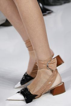 Les escarpins du défilé Christian Dior printemps-été 2016