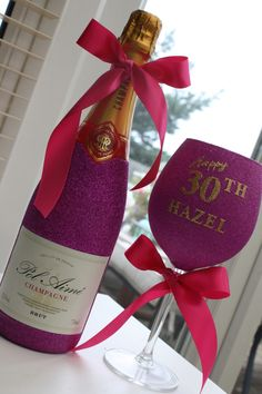 Personalised Wine, Champagne, Prosecco or Cava and Glass Gift Pack