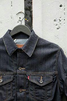 Levi's jacket denim tumblr men Style Levi Denim Jacket, Workwear Fashion, Denim Fashion, Raw Denim, Denim Men, Levis Jeans, Levis 501, News Tips, Men's Clothing