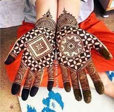 #mehendi #mehendidesigns #henna #hennatattoo #hennadesigns #mehendidesign #eventila #customizedmehendidesign