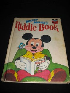 DISNEY'S WONDERFUL WORLD OF READING MICKEY MOUSE'S RIDDLE BOOK (1972)