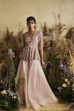 Pale Pink Peplum With Sharara Indian Blouse, Dress Indian Style, Indian Dresses, Indian Outfits, Western Outfits, Shadi Dresses, Sharara Designs, Lehenga Designs, Saree Blouse Designs