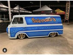 1962 ford econoline custom - cars & trucks - by owner - vehicle automotive sale Custom Paint Jobs, Custom Vans, Porsche 911 Speedster, Automotive Sales, Old School Vans, Used Ford, Cool Vans, Ford Classic Cars, Ford Fairlane