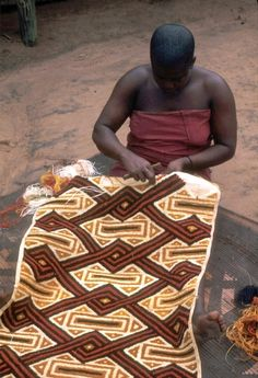 """BaKuba woman making raffia pile designs on cloth, which became famous as """"Kasai velvets,"""" in Musenge, western Congo. African Quilts, African Textiles, African Fabric, African Patterns, Tachisme, Afrique Art, Art Africain, Textile Texture, Weaving Textiles"""