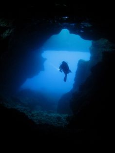 BLUE HOLE CAVE - Photo taken by Brian Azzopardi on Gozo's west coast.